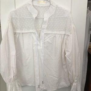 BEAUTIFUL white blouse 😍